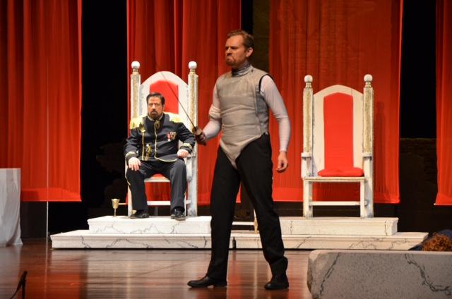Hamlet kills Claudius